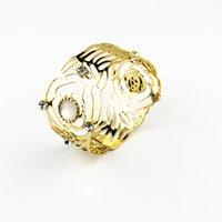 trend gold armreif armbänder großhandel-2017 neue Ankunft begrenzte Trend Metallic Hohl Rose Armband mit Jeweled Armreif 2 Farbe für Wahl Kostenloser Versand Großhandel