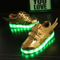 asas claras venda por atacado-Meninos LED luminosos sapatos leves acender carregador usb Glowing Sports Wings crianças Sapatos esportivos kid meninas apartamentos leves sapatos para homens mulher
