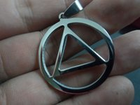 Wholesale Triangle Necklace Pendant Men - Lot 5pcs in bulk wholesale hot Stainless steel 30mm Round fashion triangle Pendant Charms Silver Good Polished no chain for men jewelry