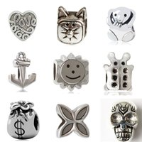 Barato 925 Contas De Caveira-Charm Bead Alloy 925 Jóias de prata da moda Love Heart Bear Bug Anchor Cat Skull Lucky Clover Sun Money Bag para Pandora Bracelet M003