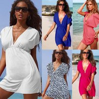 2017 Nuovi abiti casual di vendita modelle viola di esplosione Sexy Beach Dress Vestito europeo di stile V-collo elastico di seta Beachwear Bikini Outside Smock