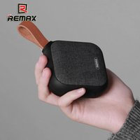 Remax RB-M15 Tessuto portatile in tessuto Bluetooth Supporto scheda TF NFC Connection IPX5 impermeabile basso Outdoor Creative Regali