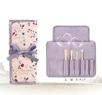makyaj fiyatları ayarlar toptan satış-LES MERVEILLEUSES LADUREE Makyaj 4 adet çanta göz farı tozu vakfı ile kaş Fırçası SET japonya marka fabrika fiyat