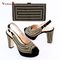 Wholesale Gold Shoes Matching Bag - 2017 Shoes and bag maching set in summer High heel with gold wave points ornament and hand bag matching set for fashion women