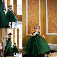 Wholesale Emerald Green Sashes - Toddler Lovely Baby Emerald Green Ball Gown Flower Girl Dresses Tea Length Tiered Kids Communion Birthday Party Gown Cheap
