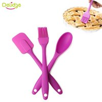 Vente en gros - 3 pièces / set Batterie Spatule Set Silicone 1pc Spatula Scraper + 1pc Brush + 1pc Spoon Cake Cream Scraper Spray de grattage