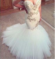 vestidos de noiva árabes venda por atacado-2017 Arabian Design Querida Vestidos de Noiva Lace Appliqued Cristal Frisado Sweep Train Sereia Vestidos De Noiva Do Casamento Sexy Backless Personalizado