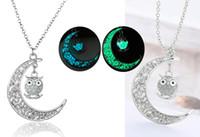 mann mond anhänger großhandel-Luminous Series Moon Owl Anhänger Halskette Fluoreszierende Halskette Leuchtend im Dunkeln Frauen Männer Weihnachten Halloween Geschenke B458Q