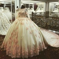 Новое прибытие 2017 Jewel Collar с длинными рукавами Handmade Flowers Delicate Beaded Custom made Chapel Train Luxury Ball Gown Wedding Dresses