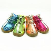 свободная обувь для собак оптовых-Pet мода серии собака обувь пинетки силиконовые подошвы дышащей сетки собака сапоги 5 размеров 5 цветов бесплатная доставка