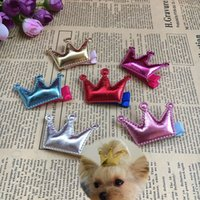 30pcs / lot Puppy Dog Crown Design cheveux pour chat pinces à cheveux barrette pet Toilettage mignon Mix arc PU accessoires pour cheveux style Boutique PD024