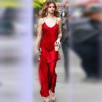 vestidos vermelho carmesim venda por atacado-Selena Gomez Sizzles em dois vestidos vermelhos vermelhos e vermelhos para o Shoot Street Style Party Dress