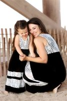 Wholesale Look Casual Girl - New Design Lace Mother Daughter Dresses Girls Women Dress Matching Mother Daughter Clothes Mommy And Me Clothes Family Look Long Dresses