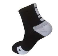 Wholesale walking accessories for sale - Group buy New Arrival Professional Women Men Basketballs Socks Quick Dry Moisture Absorption Socks For Walking elasticity Warm Socks