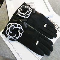 Wholesale Wholesale Wool Gloves For Women - Wholesale- Brand Glovs Winter Women Gloves For Touch Screen Cashmere Mittens Female Big Flower Warm Wool Gloves Women Driving Gloves