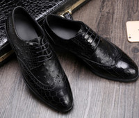 Wholesale manual sewing - Top end Men leather dress shoes Shallow mouth Crocodile & Ostrich pattern Luxury cow leather manual drilling lace-up shoes