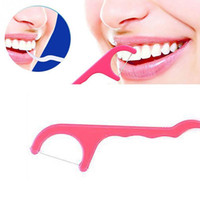 conjunto de cuidados bucais venda por atacado-Atacado-50Pcs / Set palitos de plástico ferramentas limpas orais dentes cuidados dental palitos de dente aleatória cor
