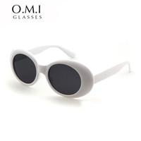 siyah gölgelendirme toptan satış-Clout Gözlük NIRVANA Kurt Cobain Gözlük Klasik Vintage Retro Beyaz Siyah Oval Güneş Gözlüğü Alien Shades 90 s Güneş Gözlükleri Punk Kaya Gözlük