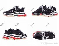 Wholesale Men S Boots For Winter - 2017 new Unveils New Triple S Sneakers,High Fashion Spec Trainers,Shoes for Men,Running Man Shoe,men Tripe-S retro Training Sneakers Shoes