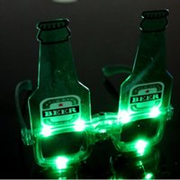 10pcs / lot Noël Halloween Birthday Party décoration fournitures LED Flash Glasses Luminous bière bouteille verres illuminent les jouets