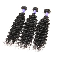 Unprocessed Malaysian Virgin Human 3 pcs Deep Wave Hair Bundles avec 4x4 en dentelle Fermeture 1B Natural Color Wet And Wavy Best Selling 8A