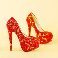sapato de pérolas de pérola venda por atacado-Strass ouro Mulheres Sexy Sapatos de Salto Alto Sapatos de Casamento Red Pearls Frisado Nupcial Sapatos Vestido de Festa de Celebridades Bombas de Baile