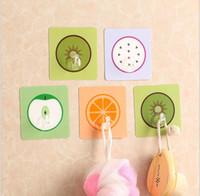 badspiegel kostenloser versand großhandel-netter Fruchtart-selbstklebender Halteraufhänger-Wandhaken des neuen Hauptbadezimmerküchenspeicher-Halters für Türspiegel geben Verschiffen frei