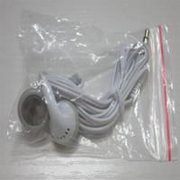 auscultadores auriculares china venda por atacado-Fones de ouvido fone de ouvido branco simples descartáveis fone de ouvido para smartphone android MP3 MP4 dispositivo com saco de opp made in china