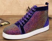 chaussures de sport pour hommes achat en gros de-Baskets bas rouge pas cher pour les hommes de luxe en daim noir avec la mode en cristal occasionnels hommes femmes chaussures, 2016 Designer loisirs formateurs chaussures