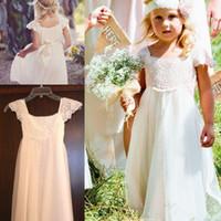 şifon fıstık çiçek kız elbiseleri toptan satış-Boho Plaj Cap Kollu Çiçek Kız Elbise 2016 Beyaz Fildişi Dantel şifon Kız Çocuklar Örgün Elbiseler Kanat ile İlk Communion