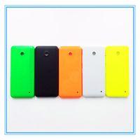 82ca5e45a6c Nueva caja de la cubierta de la contraportada de la puerta de la batería de  las piezas para Nokia Lumia 630 N630 Colorido Blanco Negro Rojo Verde  Amarillo ...