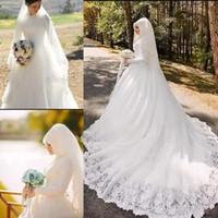 Wholesale sexy middle east black applique - Saudi Arabic Dubai Middle East Muslim Lace Wedding Dresses Vestidos De Novia Vintage High Neck Long Sleeves Appliques Bridal Wedding Gowns