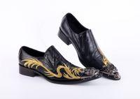 ingrosso scarpe piatta-2017 Moda fatti a mano punta in metallo scarpe da uomo formale scarpe da uomo in vera pelle nero di lusso scarpe da uomo appartamenti ufficio per uomo