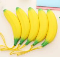 neuheiten münzen großhandel-Neuheit Banane Münze Federmäppchen Geldbörse Frauen Mädchen Gelb Silikon Tragbare Stift Geld Tasche Brieftasche Schlüssel Eearphone Pouch Tasche Förderung Geschenk