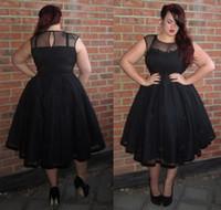 gri balo elbisesi toptan satış-2017 Artı Boyutu Siyah Kısa Kokteyl Elbiseleri Sheer Jewel Boyun Pleats A Hattı Mezuniyet Elbise Çay Boyu Boncuk Parti Balo Abiye
