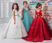 elfenbein blumenmädchen kleider rote schärpe großhandel-Elfenbein-rote Blumen-Mädchen kleidet Satin-Ballkleid-Schärpe-Kristall-Korn-Girs Festzug-Kleid für Hochzeits-Bogen-reizvolle zurück Kinderabschlußball-Partei-Kleid