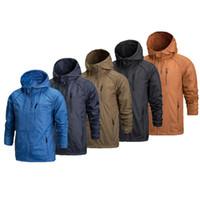 kamp ceketi toptan satış-Erkekler Için Su Geçirmez Softshell Ceket Rüzgar Geçirmez Nefes Yürüyüş Ceketler Spor Kamp Yağmur Hoodies ücretsiz kargo