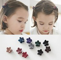 Wholesale Cute Hair Clips For Babies - New Small Flower Baby Kids Hair Clips Hair Claws Lovely For Child Cute Hair Accessories Fashion For Student Free Shipping