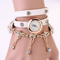New Fashion Women Watch Punk Style Golden Chain Pocker Multilayer Cuir Montre Quartz Montre Femme Lady Casual Montre Montre-bracelet