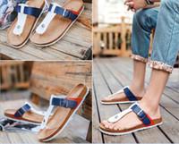 sandálias de praia unisex venda por atacado-Novo Unisex Verão Cortiça Chinelos Mulheres Sapatos Casuais Cor Misturada PU Flip Flops Homens Sandália de Praia Dos Namorados Plus Size 39-44