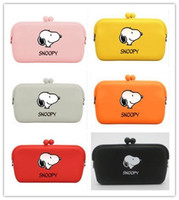 Wholesale Multifunctional Coin Purse - 2017 Wholesale 10 Colors Cartoon Snoopy Dogs Multifunctional Silicone Package Purse Handbag Phone Bag Coin Bag Glasses Case Hasp Wallet
