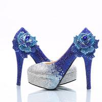 nedime el çiçekleri toptan satış-Toptan Gümüş Kraliyet Mavi Çiçek Külkedisi Ayakkabı Balo Akşam Yüksek Topuklar Boncuk Rhinestones Gelin Nedime El yapımı Ayakkabı 012