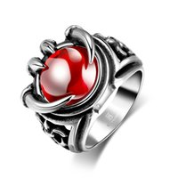 Ruby Ring Cool Hip Hop Jewelry con incrustaciones de piedra grande Dragon Garra Silver Plated Jewelry Anillo de acero inoxidable 316L con circonita roja al por mayor