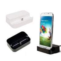 ingrosso le stazioni di ricarica liberano il trasporto-Caricatore Dock Bianco colore nero Culla Supporto stazione USB di ricarica per il telefono universale di android smartphone gratuito