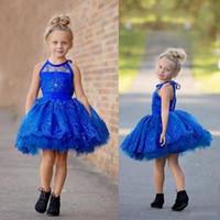 mavi yürümeye başlayan çocuk cupcake pageant elbiseler toptan satış-Kraliyet Mavi Şeffaf Toddler Bebek Kız Pageant Elbise Halter Dantel Aplikler Boncuk Düğün Parti Katmanlı Diz Boyu Küçük Cupcake Törenlerinde