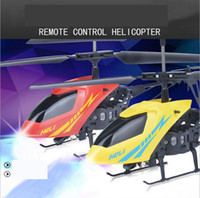 Nouvelle version Mini RC Helicopter 3.7V Radio Télécommande Aircraft 3D 2.5 Channel Drone Copter avec Gyro et Lights