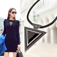 Jóias Vintage Maxi Big Triangle Necklaces Pingentes Cadeia De Couro Gold / Silver Resin Crystal Statement Necklace For Lady Gifts