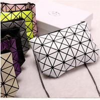 Wholesale Make Felt Flowers - Small change make up package geometry diamond lattice thin chain zipper hand bag bright piece can be oblique cross female bag wholesale