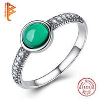 BELAWANG Vente en gros # 678 Femmes Russian Round Simulated Emerald Finger Ring 925 Sterling Silver Clear Cubic Zirconia Ring Anniversaire Bijoux