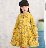 vestido de otoño amarillo niña al por mayor-Vestido de gasa con cuello alto para niñas Niños lindos para bebés, de color amarillo y morado, niños occidentales, primavera, otoño, vestidos